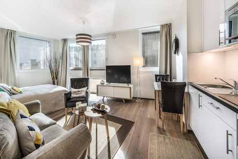 This studio was built last year and offer high-end technologies guided by an e-smart panel. Well furnished in a blend of comfortable and modern style great for all your business trip in Geneva. Very well located close to P&G, Pictet and Rolex.