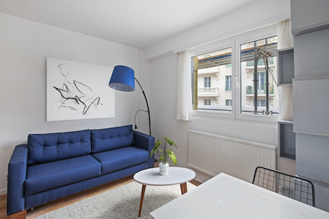 Be the first tenant in a brand new studio located in the heights of Lausanne, in the neighborhood of La Sallaz.  Close to the CHUV, the EHL and few minutes away of multinational corporations headquarters.  This studio is fully equipped and the residence is newly refurbished, built in an eco-friendly way.