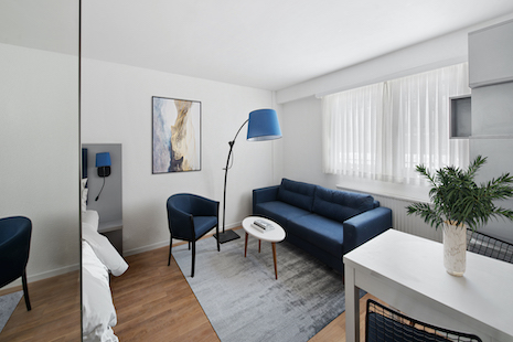 Close to the Park of L'Hermitage, the CHUV and a few minutes away from the EHL, this new furnished studio features a kitchen space well equipped, a great living room and a shower room.    Located in La sallaz district, the residence is newly refurbished, built in an eco-friendly way with a close access to green spaces.